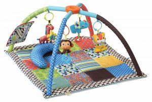 Baby play mat with wild animal toys