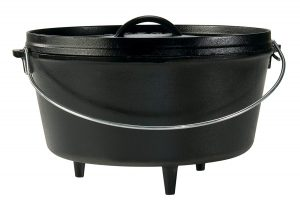Lodge camp fire cast iron Dutch oven