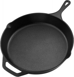 Utopia kitchen cast iron skillet