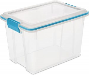 Airtight plastic storage box
